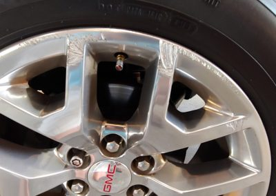 DENT STATION PLUS - polished alloy wheel repair before